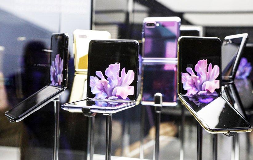 چرا اپل هنوز یک آیفون با نمایشگر تاشو معرفی نکرده است؟