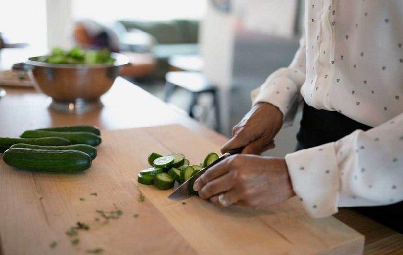 خواص خیار سبز برای معده