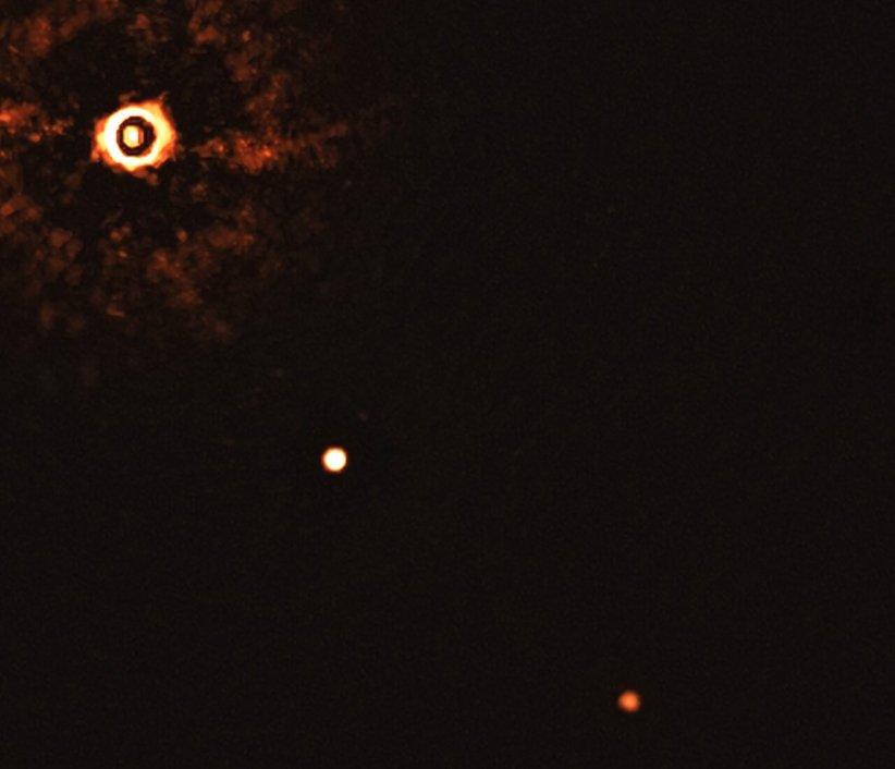 تصویر مستقیم از دو سیاره فراخورشیدی
