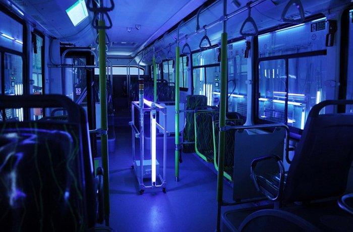 استفاده از پرتو فرابنفش برای میکروبزدایی سطوح ازجمله اتوبوس