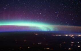 شفق قطبی و هواتاب از نگاه ایستگاه فضایی بینالمللی