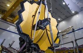 نمای کامل شدهی تلسکوپ فضایی جیمز وب