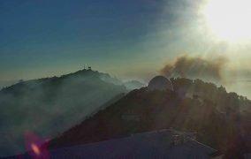رصدخانهی لیک کالیفرنیا در آتش