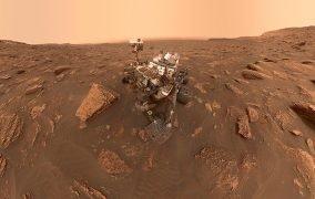 سلفی مریخنورد کنجکاوی در مریخ