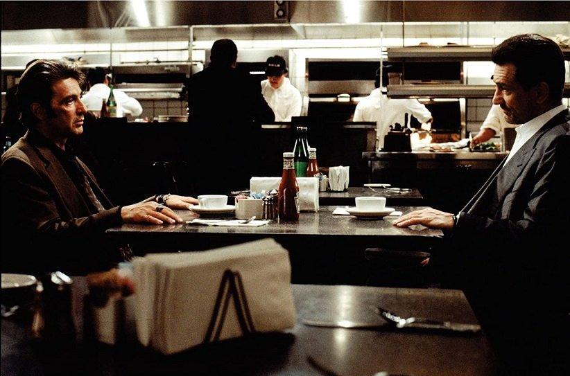 نمایی از فیلم مخمصه - بهترین فیلمهای دهه 90 میلادی
