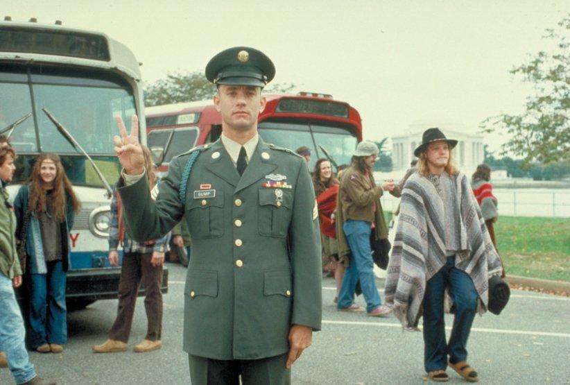نمایی از فیلم فارست گامپ - بهترین فیلمهای دهه 90 میلادی