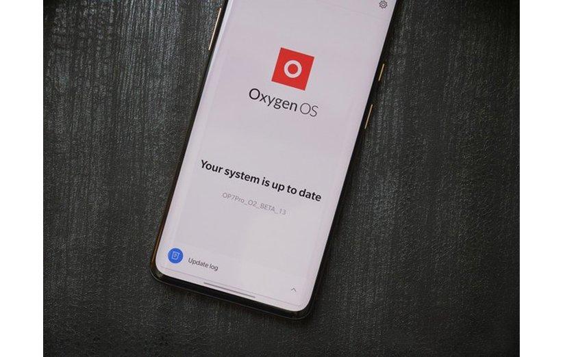 مقایسه رابط کاربری One UI با OxygenOS