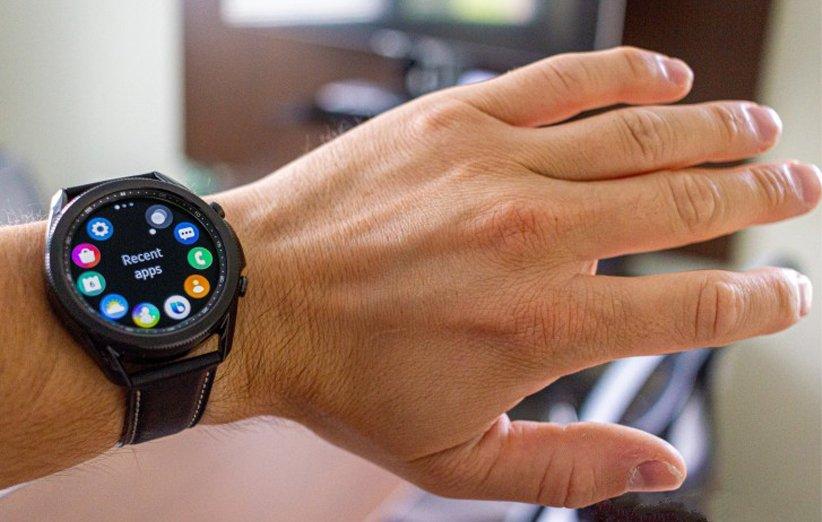 صفحه نمایش ساعت هوشمند گلکسی واچ 3 مشکی