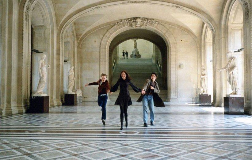 نمایی از فیلم رویابینها در شهر پاریس