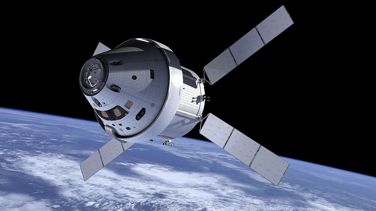 طرحی گرافیکی از فضاپیمای اوریون در نزدیکی زمین