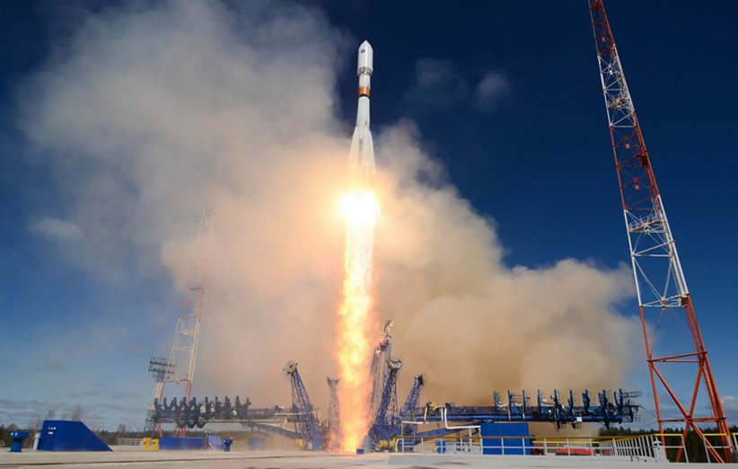 پرتاب موشک Soyuz 2.1b روسیه