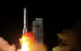پرتاب ماهوارهی گائوفن 13 چین