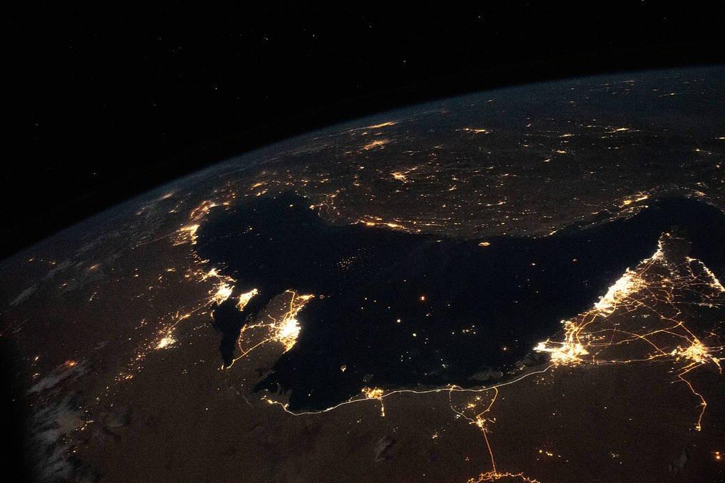 خلیج فارس در شب از ایستگاه فضایی بینالمللی