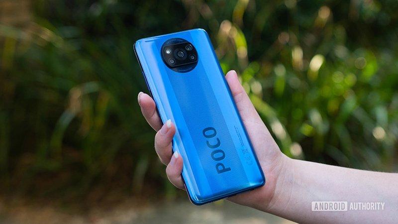 تصویری از بخش پشتی گوشی پوکو X3