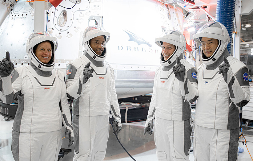 فضانوردان مأموریت کرو-1 کپسول فضایی دراگون