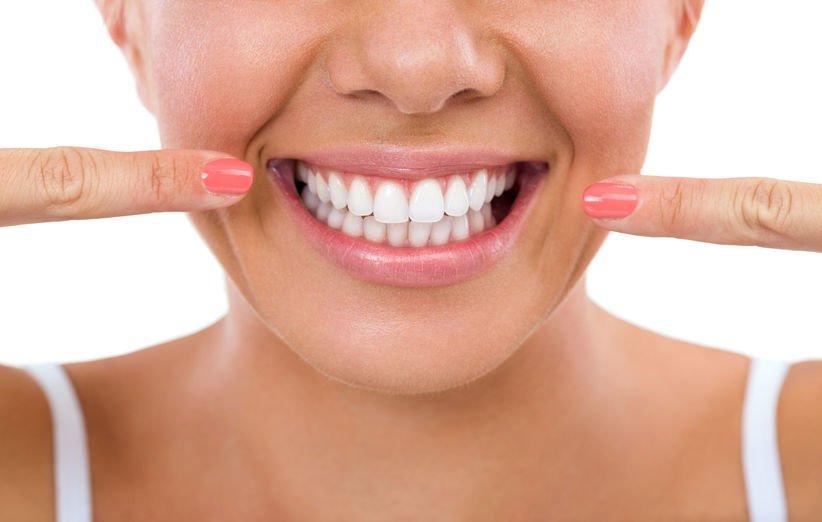 سفید شدن دندان با جوش شیرین