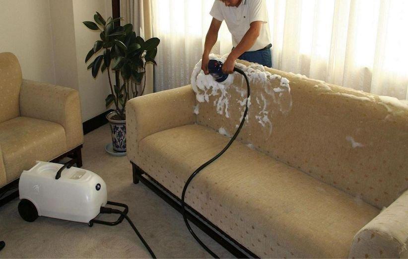 3 روش شستوشوی مبل در منزل - بخار شویی