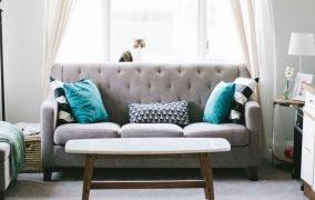3 روش شستوشوی مبل در منزل