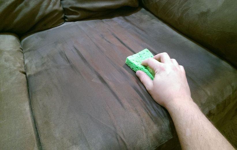 3 روش شستوشوی مبل در منزل - خشک شویی