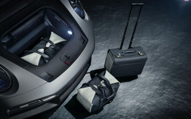 بستهی ویژهی خودرو و هواپیمای اختصاصی پورشه و امبرائر با نام دوئت