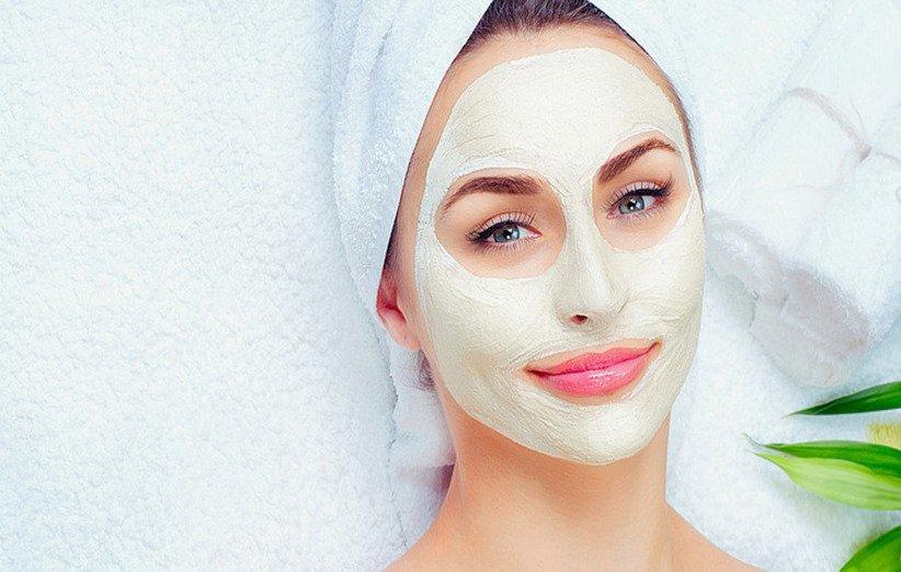 ماسک صورت آووکادو برای پوستهای مستعد آکنه
