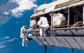 راهپیمایی فضایی در سال 2006
