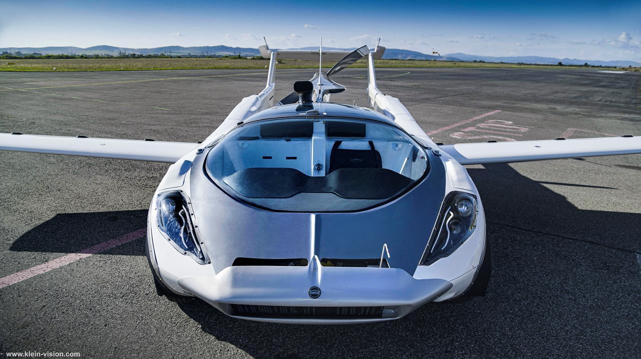 نمای جلویی خودروی پرندهی ایرکار کلین ویژن
