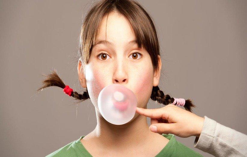 جویدن آدامس ممکن است به شما در مصرف کالری کمتر کمک کند