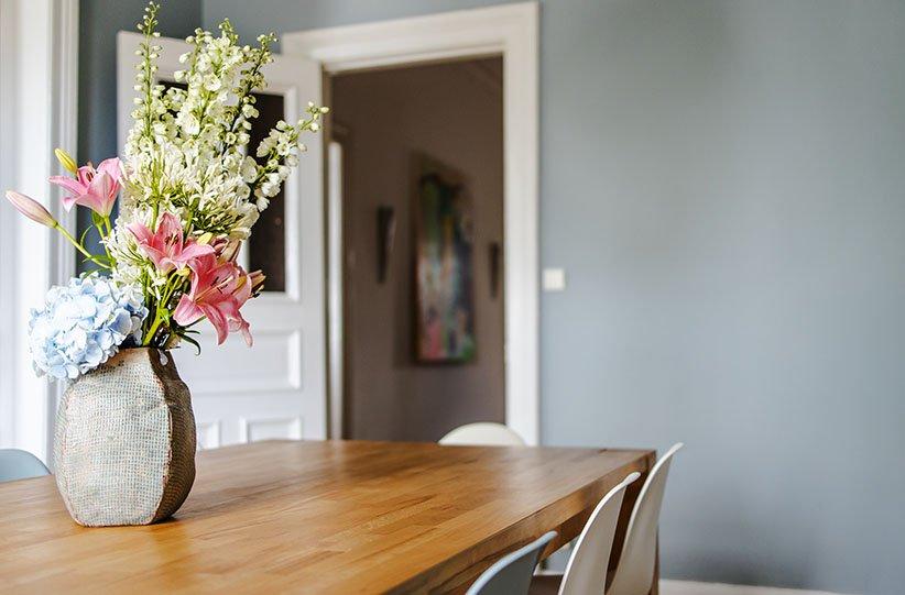 استفاده از گلهای طبیعی برای خوشبو کردن خانه