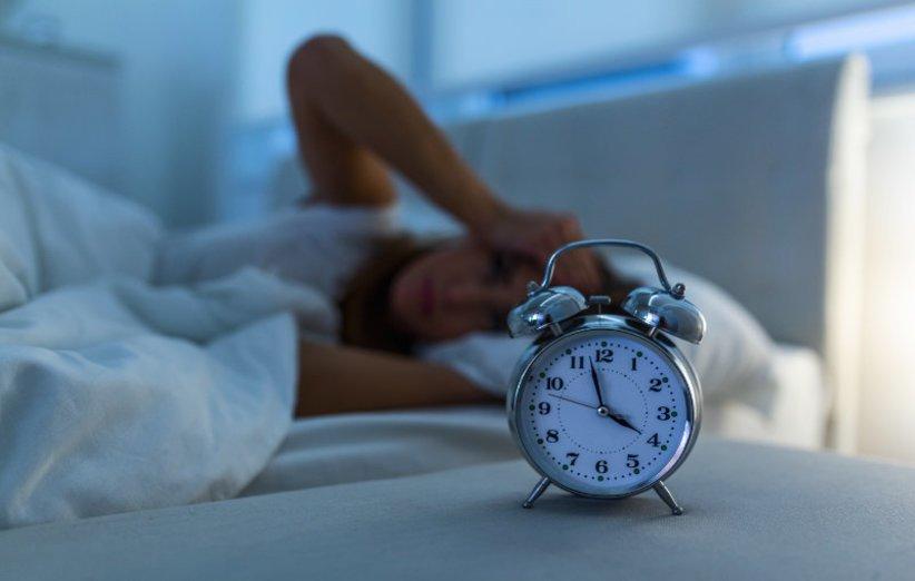 خواب ناکافی عامل تیرگی پوست