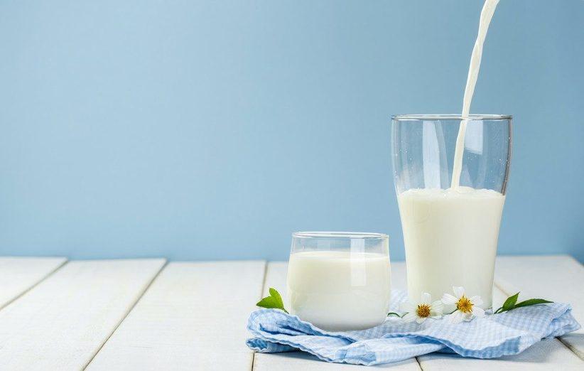 شیر بدون چربی از جمله بهترین خوراکیهای چربی سوز