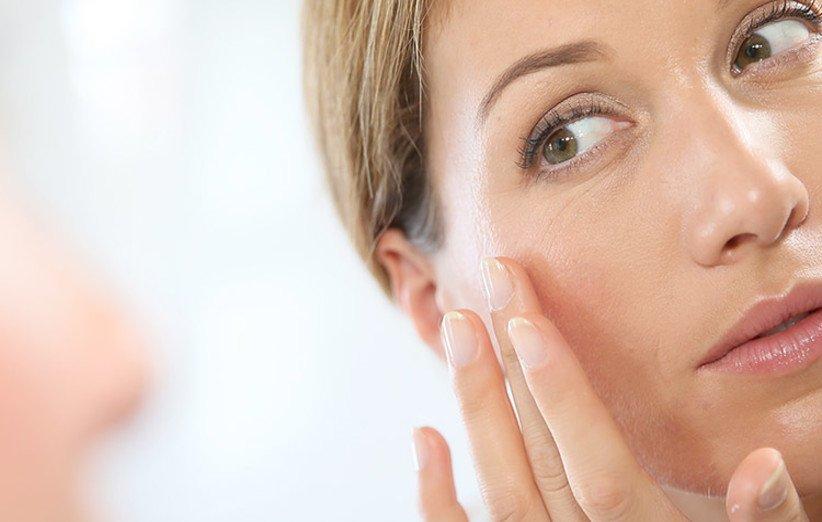 برای رفع تیرگی پوست از مرطوبکننده استفادهی حداکثری کنید