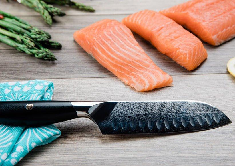 چاقوی سانتوکو یکی از انواع چاقوهای آشپزخانه است
