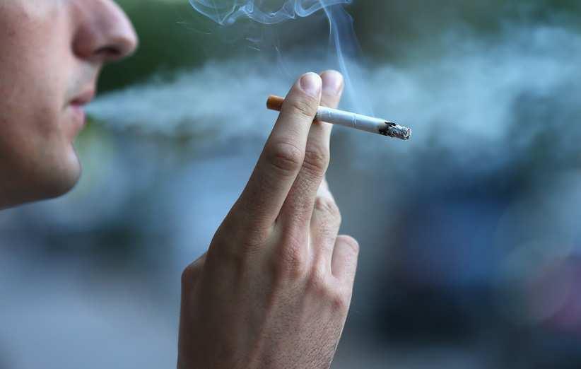 مصرف تنباکو عامل تیرگی پوست
