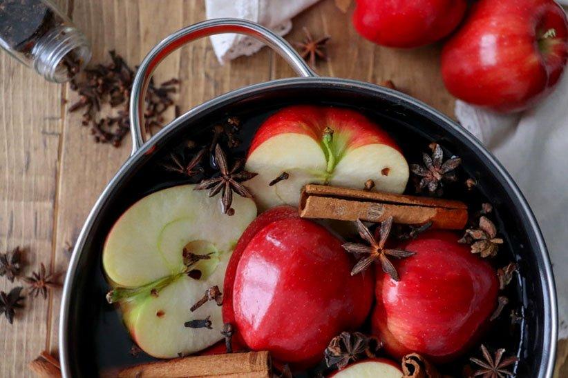 مخلوط معطر سیب و دارچین برای خوشبو کردن خانه