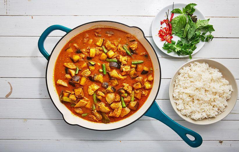 خورش کاری تایلندی حرفهای غذای بینالمللی