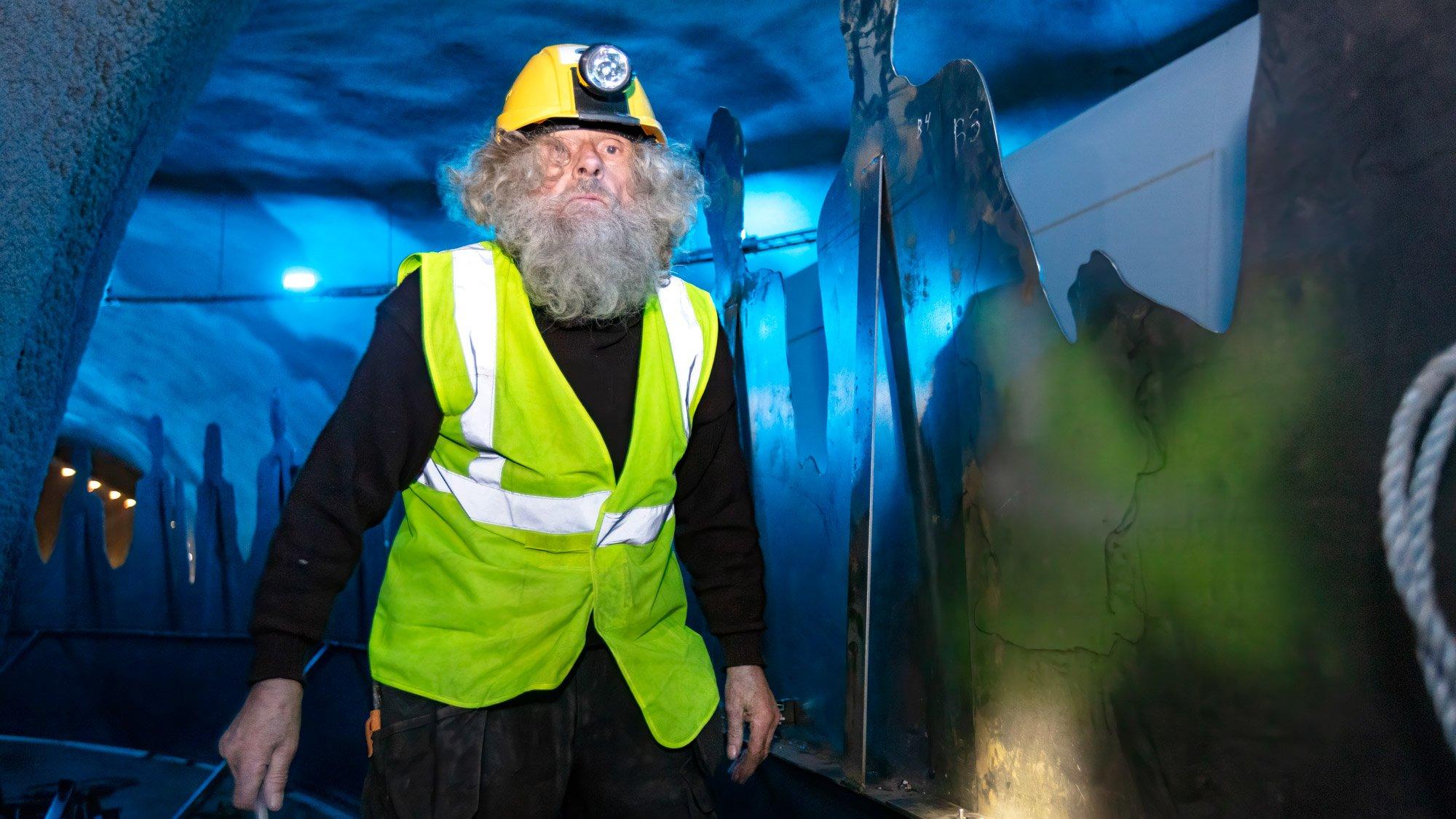 هنرمند مجسمهساز تونل زیردریایی دانمارک
