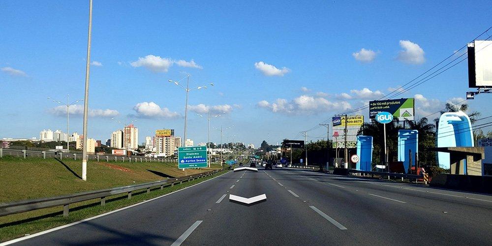 نمایی از شیوهی نمایش Connected Photos گوگل در برزیل