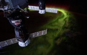 نمای شفق قطبی از ایستگاه فضایی بینالمللی