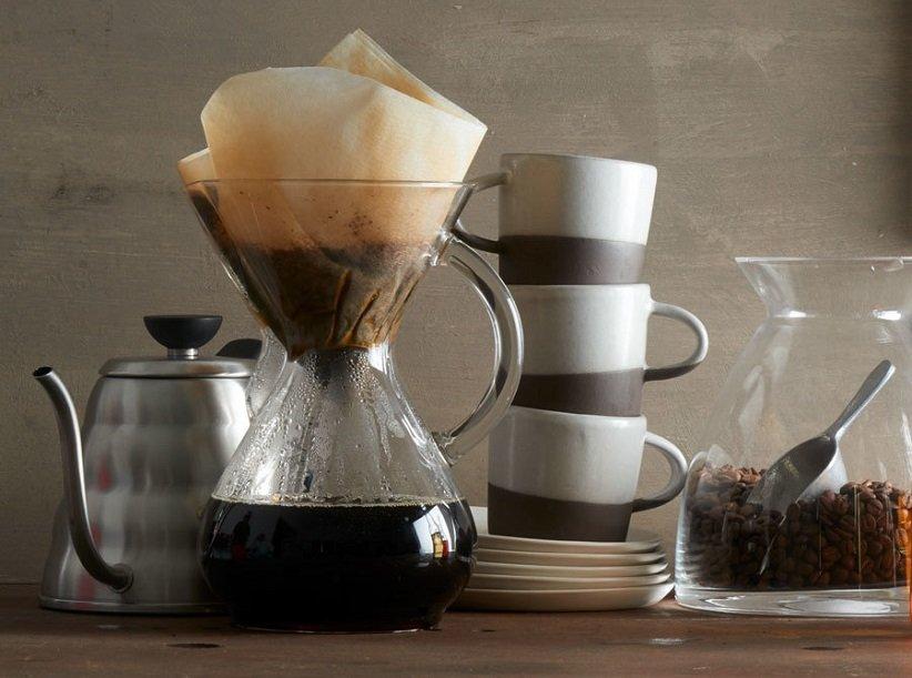 قهوه در حال دم کشیدن