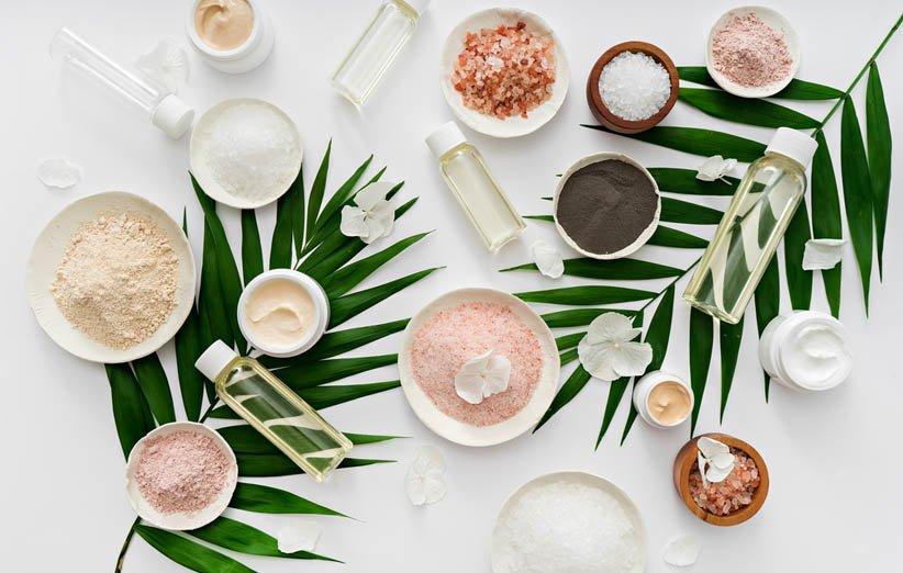 محصولات پوستی گیاهی و طبیعی از ترندهای زیبایی سال 2021