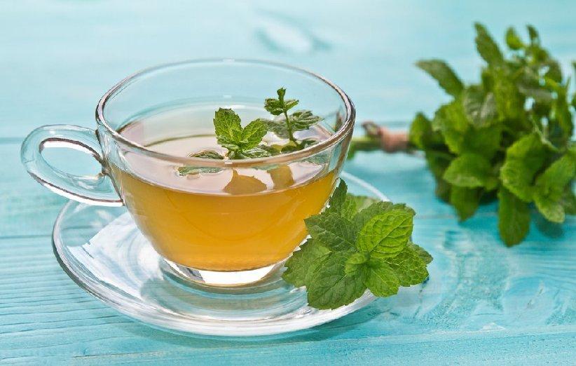 چای نعناع برای تغذیه در عادت ماهانه
