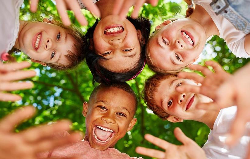 تربیت فرزندان شاد و آموزش خود کنترلی