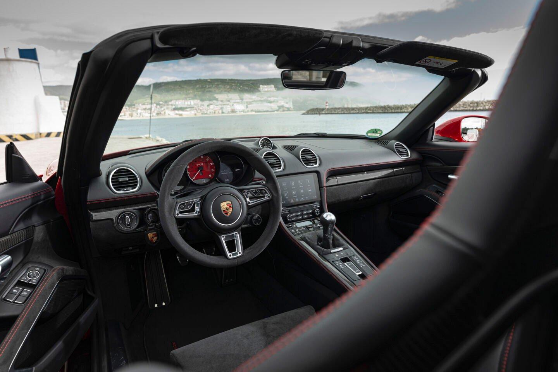 پورشه 718 باکستر GTS مدل 2021