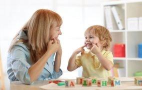 همه چیز دربارهی گفتار درمانی در کودکان