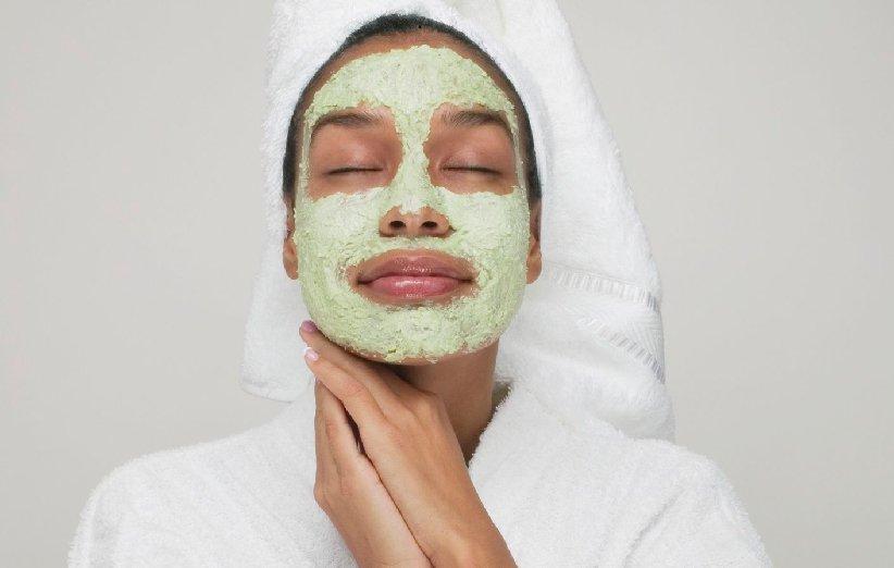 ماسک صورت آووکادو برای پوست خشک