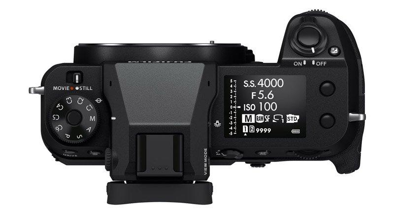 بالای دوربین فوجیفیلم GFX 100S