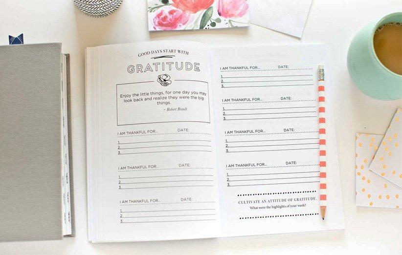 دفترچهی قدردانی