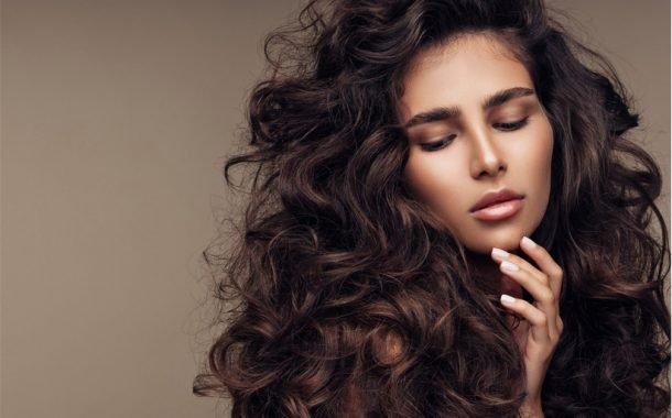 9 روغن معجزهگر در افزایش رشد مو و از بین بردن شورهی سر