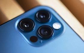 دوربین آیفون 12 پرو مکس آبی رنگ